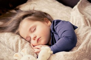 宝宝吐奶后需要喂水吗宝宝吐奶的原因是什么